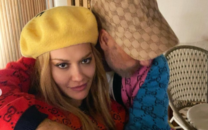 Rita is secretly dating Taika for a while now.