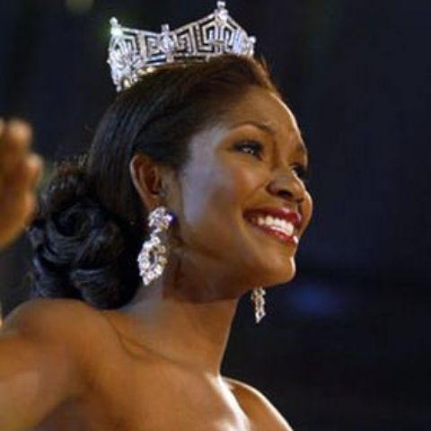 Ericka Dunlap main source of income is her work as an American beauty pageant contestant.