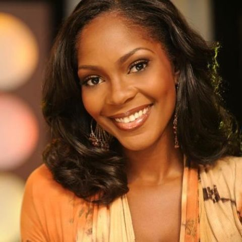 Ericka Dunlap crowned Miss America in 2004, making her the seventh African American woman to hold the award.