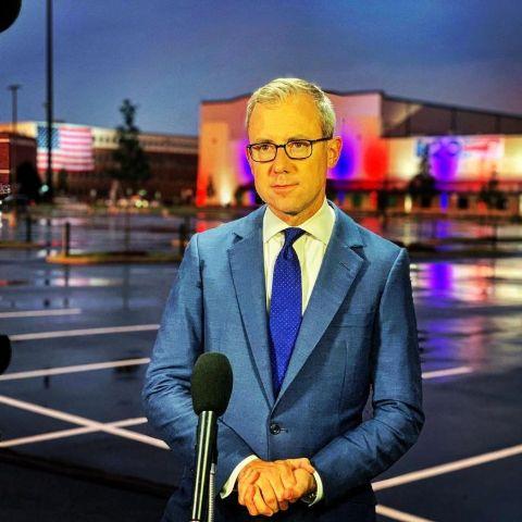 Jeff Zeleny hosting a program in a CNN.