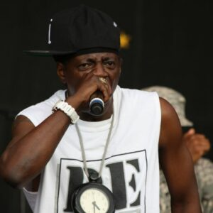 Flavor Flav attended Freeport High School until the 11th grade when he dropped out.