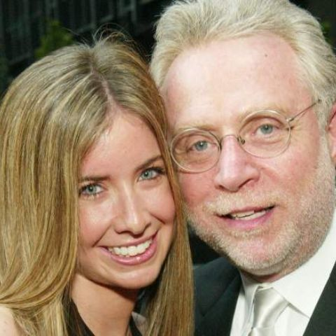 Lynn Greenfield and Wolf Blitzer is blessed with a daughter.