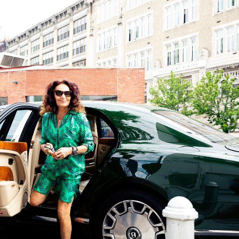 Diane von Fürstenberg is a well-known Belgian fashion designer well recognized for her wrap dress.