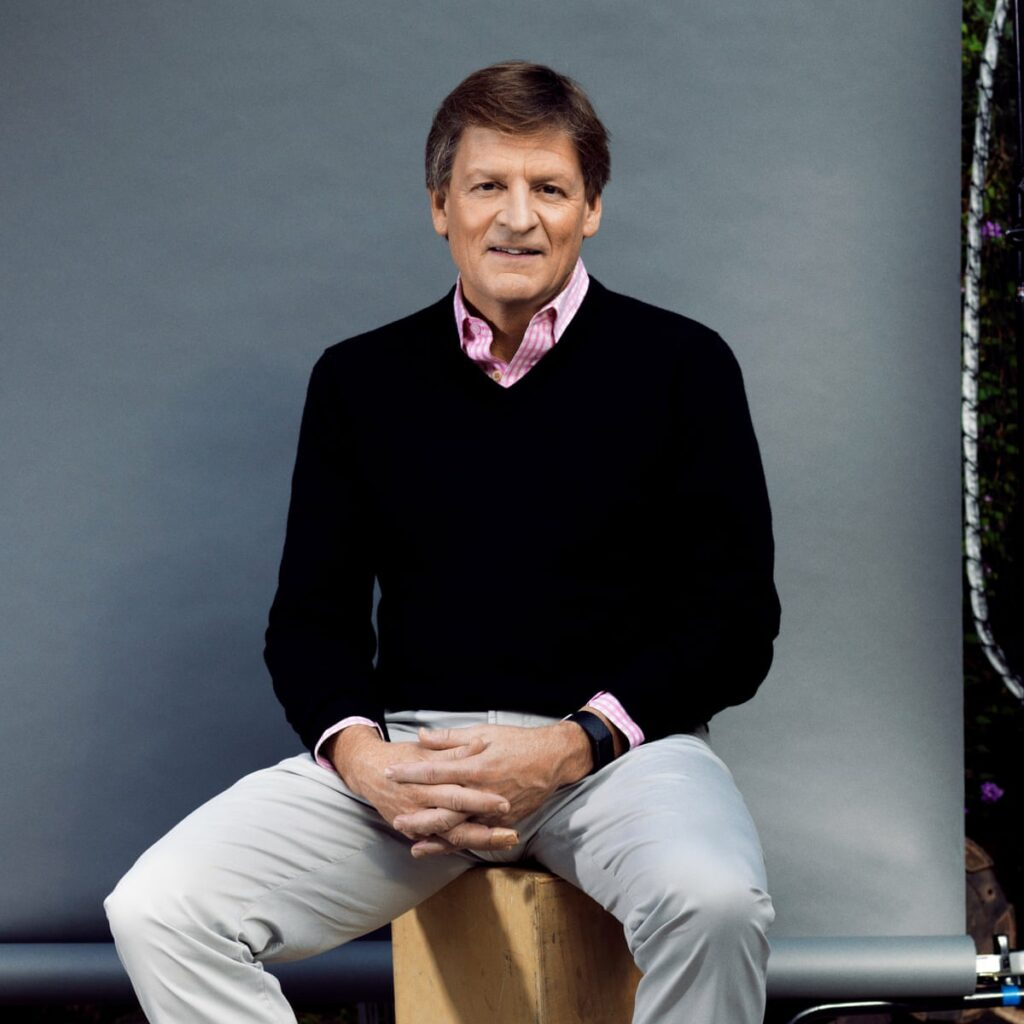 Michael Lewis studied art history at Princeton University and graduated with a bachelor's degree.