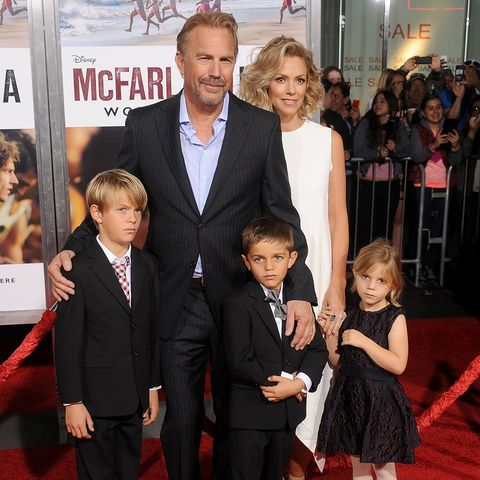 Kevin Costner lived with supermodel Elle Macpherson in 1996.