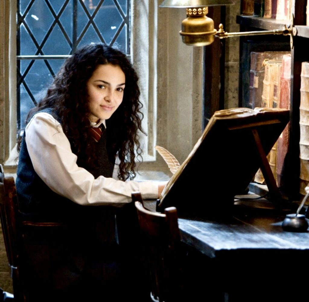 Anna Shaffer's next appearance in another Harry Potter blockbuster, Deadly Hallows Part 1, was directed by Academy Award-winning Yates.