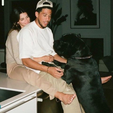 kendall Jenner and Devin Booker is in love.