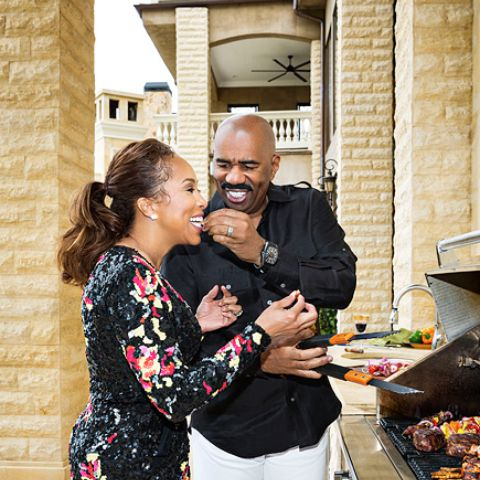 Marcia Harvey's Ex-husband Steve Harvey and Marjorie leased a big property in Beverly Park.