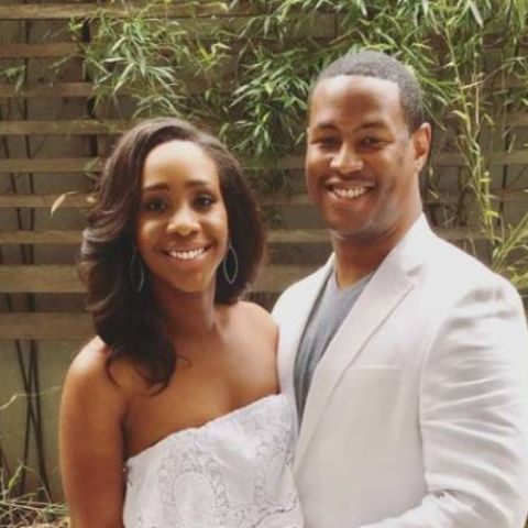 Marcus Richardson is happily living with his wife.