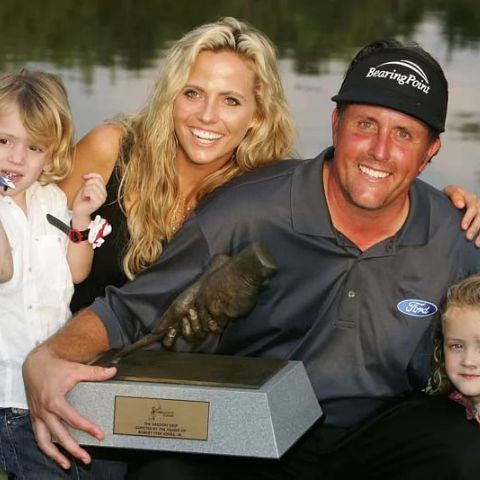 Amy Mickelson is married woman.