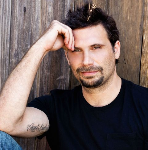 Jeremy Sisto receives from $117 to $195 for every sponsored post, with a 6.69 percent engagement rate.