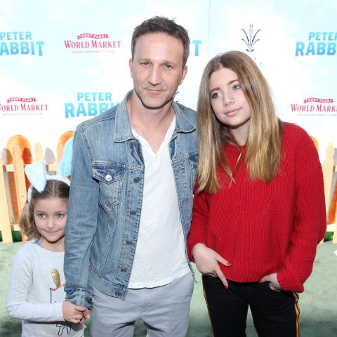 Breckin Meyer is not presently dating anyone.