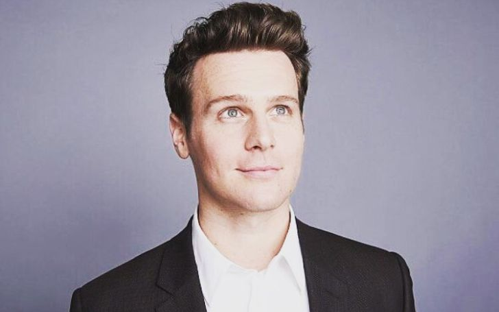 Jonathan Groff is an American actor and singer.