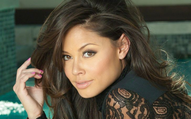 Vanessa Lachey is an American model, actress, and host.