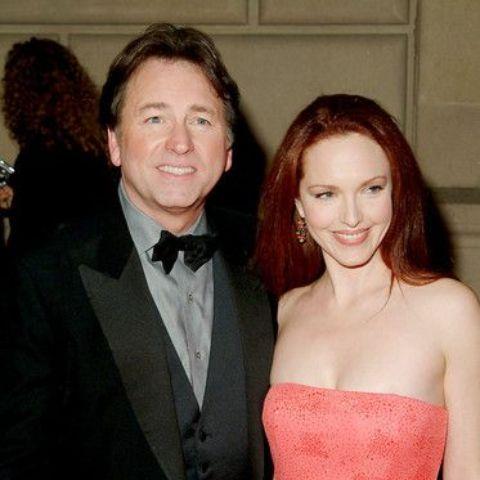 Amy Yasbeck marriedJohn Ritteron September 18, 1999, at the Murphy Theatre.