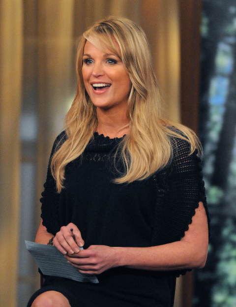 """Juliet Huddy hosting the Fox show """"The Morning Show with Mike and Juliet"""" in 2008."""