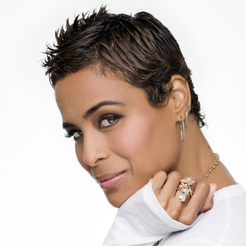 Daphne Wayans also contributes toThe Huffington Postas a guest blogger, where she gives parenting and marital advice.