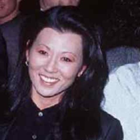 Betsy Arakawa co-owns Pandora's Inc., a home furnishings store in Santa Fe, with her friend Barbara Lenihan.